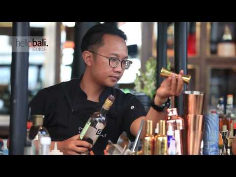 Cocktail Mixing - Frestro Bar and Restaurant Seminyak Bali