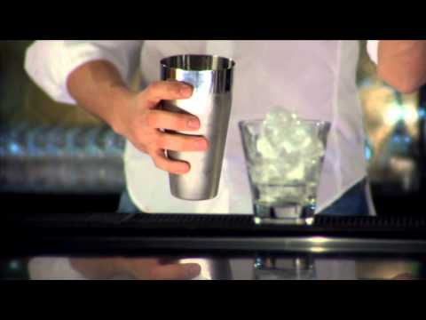 The Shake | Bar Mixing Techniques by Absolut