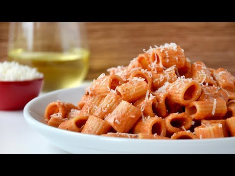 Quick and Easy Vodka Pasta Sauce Recipe