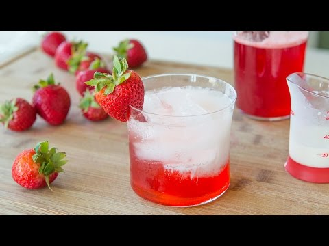 STRAWBERRY ITALIAN CREAM SODA - Non-alcoholic Drink Miniseries