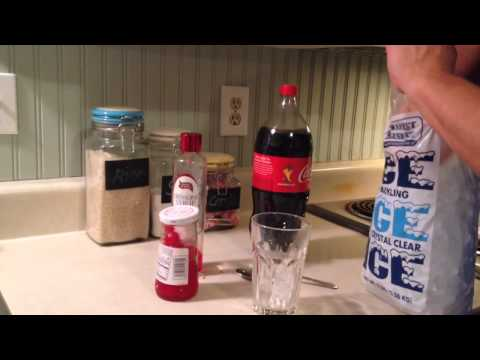 How To Make A Roy Rogers Kids Drink Non-Alcoholic