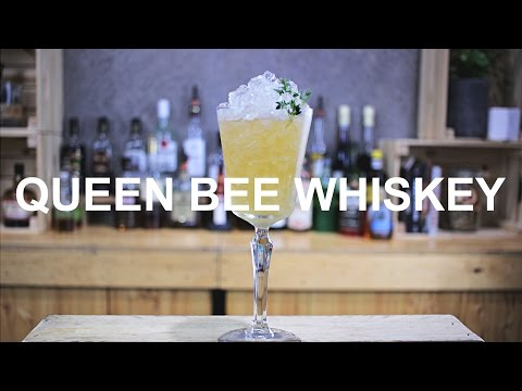 Queen Bee Whiskey Cocktail Recipe - HONEY & THYME COMBO!!